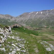 Mini trekking di primavera sull'antico sentiero da Norcia a Castelluccio
