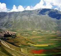 Il favoloso crinale tra Norcia e Castelluccio