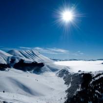 Le migliori ciaspolate dei Monti Sibillini: da Monte Prata al Pian Perduto
