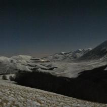 Il tramonto tra i monti e le stelle sibilline